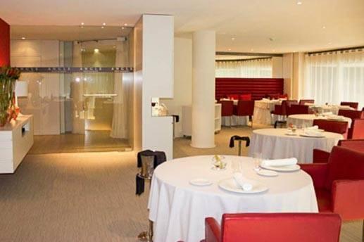Restaurant Angle Hotel Cram