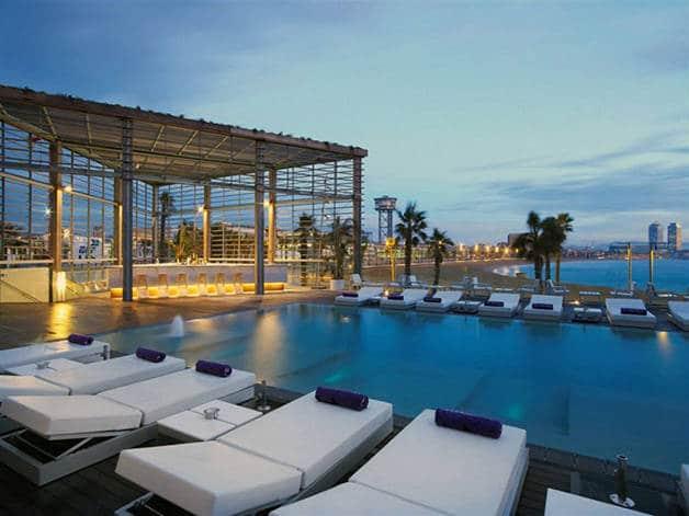 Nos terrasses d 39 h tels coups de coeur barcelone les for Appart hotel barcelone avec piscine