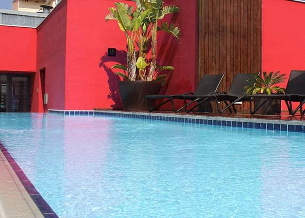 H tel barcelona catedral terrasse et piscine dans le g tic - Barcelone hotel piscine interieure ...