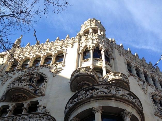 Visite guid e sur les pas de gaud et de l 39 art nouveau catalan - Art nouveau architecture de barcelone revisitee ...