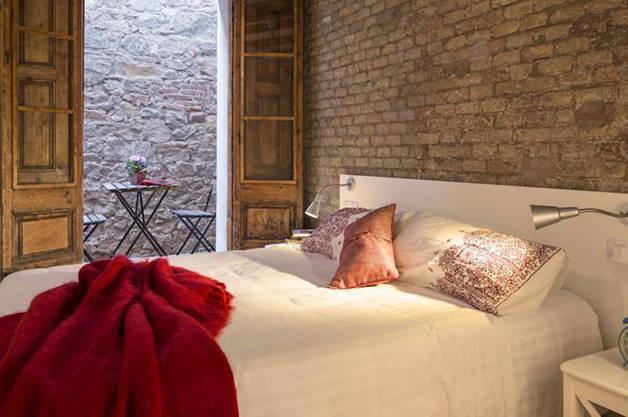 les jolis appartements happy people barcelona. Black Bedroom Furniture Sets. Home Design Ideas