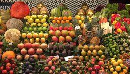 Barcelone Ramblas Boqueria stand de fruits