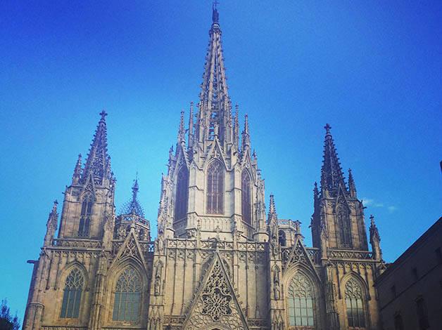 La cath drale de barcelone un difice gothique de toute beaut - Une cathedrale gothique ...