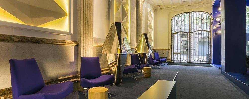 H tel room mate carla un 4 toiles design barcelone for Hotel design a barcelone