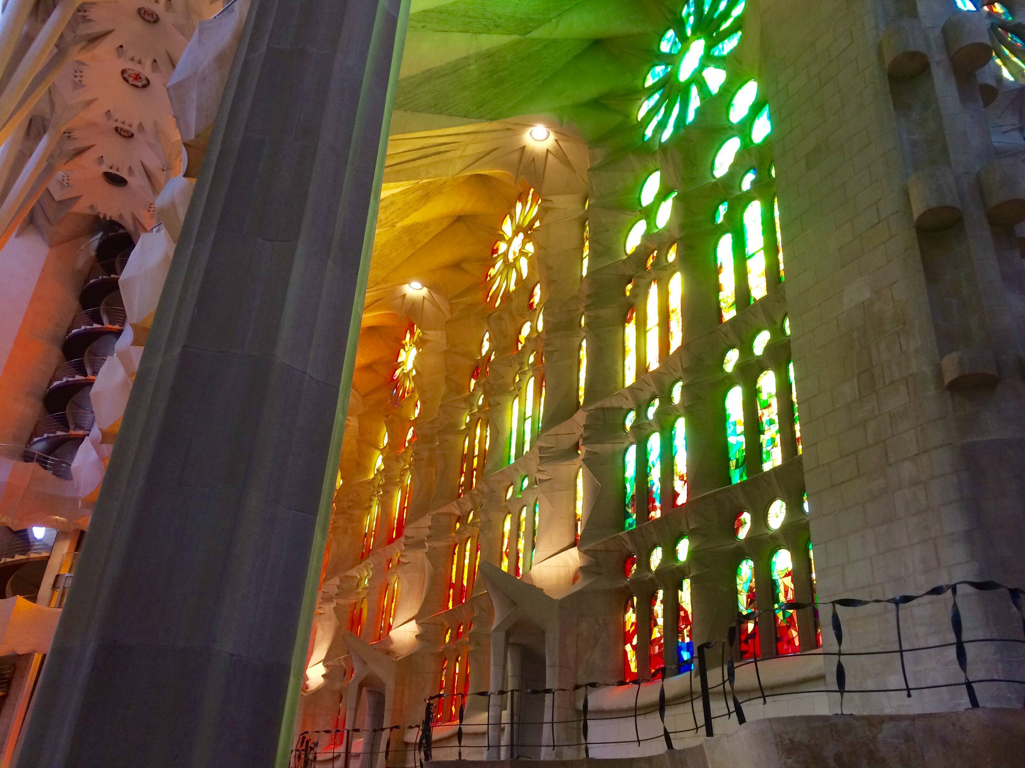 Sagrada familia et gaud une visite guid e sur l 39 univers for Stage architecte interieur