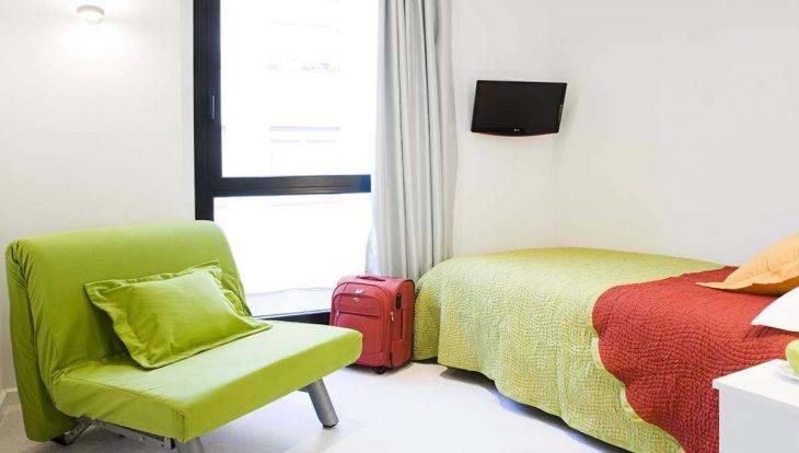 live and dream un petit h tel pas cher et tranquille sants. Black Bedroom Furniture Sets. Home Design Ideas